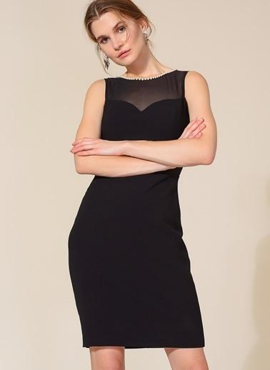Agenda Yaka Detaylı Elbise Siyah